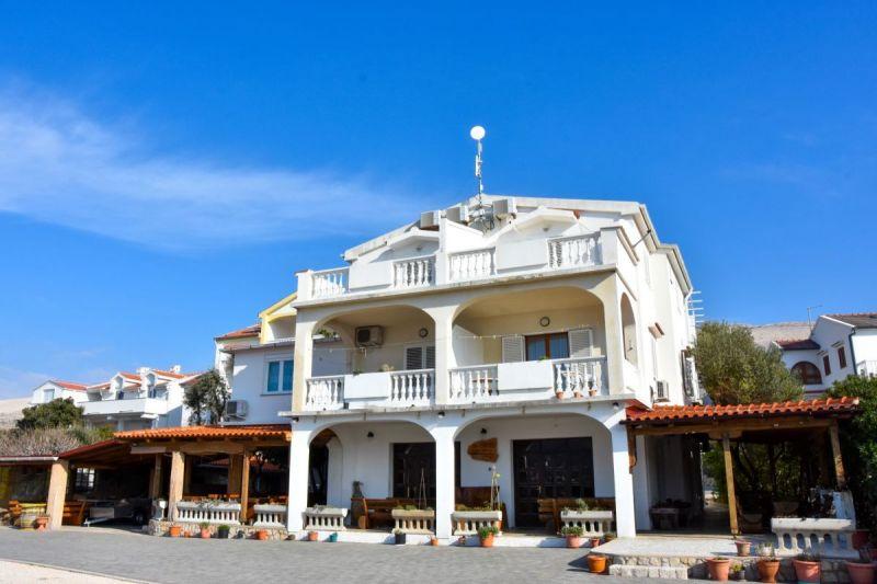 hotel-frane-pag-okolis-2-of-52