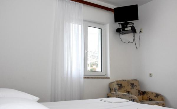 hotel-frane-pag-sobe-4300