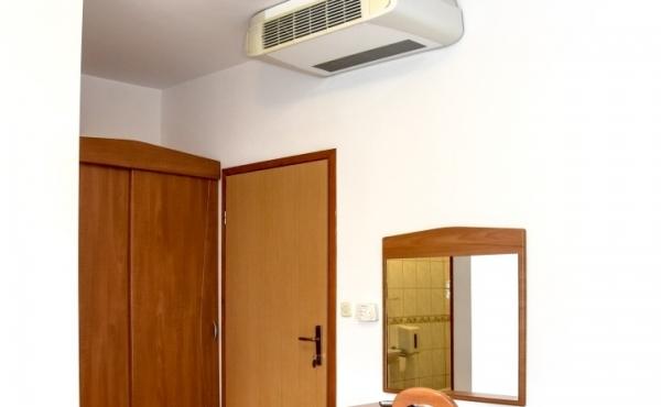hotel-frane-pag-sobe-4301